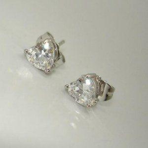 Jewelry - 18K White Gold GF Heart Zirconia Stud Earrings 6mm